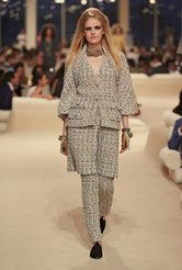 Fashion shows, Ready-to-wear and Accessories collections - CHANEL
