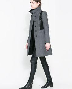 Image 1 de MANTEAU TISSU DE LAINE ASSORTI de Zara