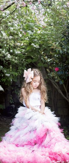 This majestic fairy princess wearing our Majestic Duchess Bow Hair Clip by Sienna Likes to Party Accessories. The destination for Girls Hair Accessories and Flower Girl Accessories. We ship worldwide. Flower Girl Hair Accessories, Party Accessories, Flower Girl Hairstyles, Boho Hairstyles, Princess Style, Little Princess, Bow Hair Clips, Hair Bows, Hair Garland