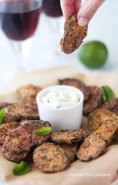 Dip in! Gluten-free fried zucchini chips + vegan dipping sauce #glutenfree