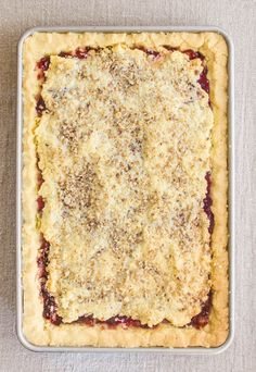 A simple recipe for raspberry and walnut jam bars, handed down to me from my mother's family. It has a cookie-like crust and an unusual egg white topping. Hungarian Desserts, Hungarian Cuisine, Hungarian Recipes, Hungarian Food, Hungarian Cookies, European Cuisine, German Recipes, Strudel, Croissants