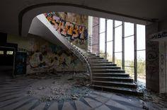 How Subvert Studio Proposes To Revive a Renowned Lisbon Landmark,Courtesy of Subvert Studio via Curbed