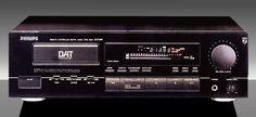 Philips DAT850 DAT recorder  - www.remix-numerisation.fr - Rendez vos souvenirs durables ! - Sauvegarde - Transfert - Copie - Digitalisation - Restauration de bande magnétique Audio - MiniDisc - Cassette Audio et Cassette VHS - VHSC - SVHSC - Video8 - Hi8 - Digital8 - MiniDv - Laserdisc - Bobine fil d'acier - Micro-cassette - Digitalisation audio - Elcaset