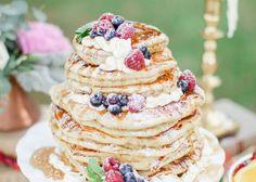 パンケーキを重ねて作る新タイプのウェディングケーキが可愛すぎ!