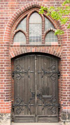 old church door of St. Mary's Church, known in German as the Marienkirche Entrance Doors, Doorway, Old Doors, Windows And Doors, Eclectic Front Doors, Portal, Old Churches, Unique Doors, Brickwork