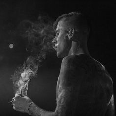 Home - Machine Gun Kelly Machine Gun Kelly @machinegunkelly from Twitter the irony of being sick on the day i have a show in a city called Medicine Hat baffles me. so… instagram.com/p/wU_mp4itch/