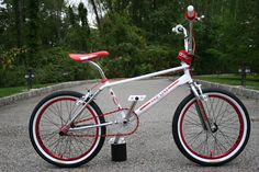 Bike Mtb, Bmx Bicycle, Road Bike, Cycling Art, Cycling Quotes, Cycling Jerseys, Bmx 20, Mongoose Bmx, Vintage Bmx Bikes