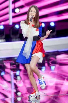 Junior Eurovision, Barbie, Stars, Sexy, Model, Music, Dresses, Fashion, Red
