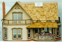 A Touch of the Past Presents:  Doll Houses - The Magnolia  http://www.atopdoll.com/MagnoliaUp.html#
