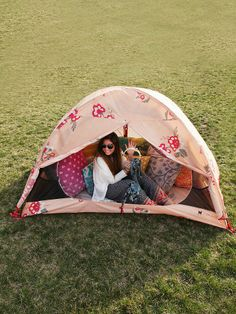 A GIRLY TENT!!!  Free People Alite x Free People Tent...