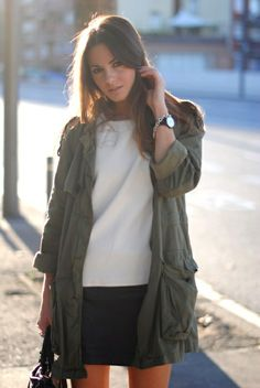 This utility anorak just makes this outfit look so chic // Frankie Hearts Fashion Fashion Moda, Look Fashion, Fall Fashion, Fashion Styles, Street Fashion, Anorak Jacket, Khaki Jacket, Jacket Style, Jackett