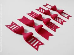 3D ribbon bows
