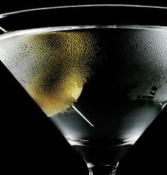 Cocktail Hour: The Martini - History of the Drink | Valet.