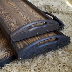 Wood Pallet Crafts, Wooden Crafts, Wood Shop Projects, Woodworking Projects Diy, Custom Made Furniture, Diy Pallet Furniture, Bed Tray Diy, Small Square Dining Table, Pallet Kitchen Cabinets