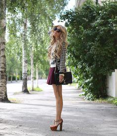 Shop this look on Kaleidoscope (sweater, skirt, pumps)  http://kalei.do/X4m2io9eLIogNij9