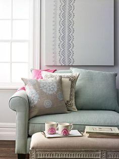 http://my-diy.fr/decoration/peindre-des-motifs-en-dentelle/