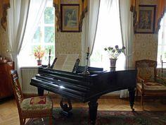 Music room at Lermontov's Tarkhany estate