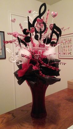 Centerpiece I made for music themed reception. Music Themed Parties, Music Party, Music Crafts, Music Decor, Motown Party, Music Centerpieces, Karaoke Party, Disco Party, Holidays And Events