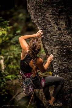 www.boulderingonline.pl Rock climbing and bouldering pictures and news Looking to Discover