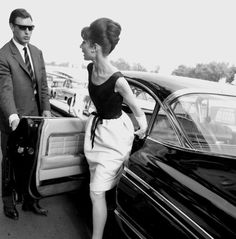 Rare Audrey Hepburn — Audrey Hepburn and William Holden promotingParis...
