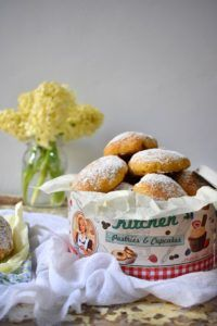 Νηστίσιμα Μηλοπιτάκια – Let's Treat Ourselves Mini Apple Pies, Cupcakes, Vegan, Sweet Dreams, Breakfast, Food, Morning Coffee, Cupcake Cakes, Essen