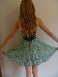 i like her hair and her dress.
