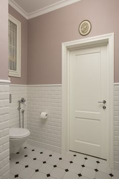 Remodeling Your Bathroom: Choosing Your New Toilet Upstairs Bathrooms, Downstairs Bathroom, Small Bathroom, Bathroom Tubs, Modern Bathroom Design, Bathroom Interior Design, Small Toilet Room, Restroom Design, Home Room Design