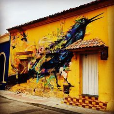 You gotta appreciate beautiful street art when you see it. Still looking back at photos from my Colombia trip #throwbackthursday #street #streetart #streetphotography #graffiti #housedesign #design #art #cartagena #bird #freedom #wall #peace #inspiration #culture #painting #rico #photo #photography #iphone #instacool