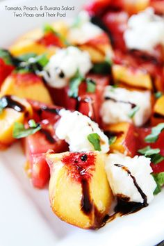 Heirloom Tomato, Peach, & Burrata Salad one of my favorites try grilling the peaches first for a even better salad Chef Robin White Burrata Salad, Burrata Cheese, Cheese Salad, Goat Cheese, Grilled Peaches, Grilled Peach Salad, Cooking Recipes, Healthy Recipes, Paleo