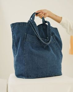 Recycled denim bag recycle design ready to go hobo bag recycle jeans denim bag shoulder bag n – Artofit Denim Backpack, Denim Tote Bags, Denim Purse, Jean Crafts, Denim Crafts, Fabric Bags, Denim Fabric, Denim Quilts, Mochila Jeans