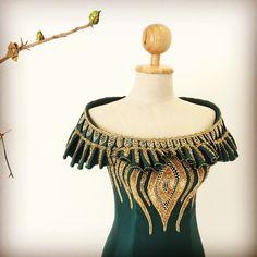 Blouse Styles, Blouse Designs, Thailand Fashion, Bling Dress, African Blouses, Kente Styles, Corset Pattern, Pakistani Bridal Wear, Indian Designer Wear