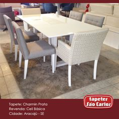 O Charmin já é conhecido por sua maciez, tornando-se ideal para qualquer ambiente que necessite de conforto. Por não ter pelos muito altos, pode ser usado em uma bela mesa de jantar como essa da loja Celi Básica - Avenida Luiz Lua Gonzaga, 2990. #Decor #TapetesSaoCarlos