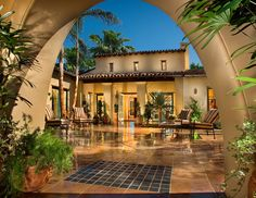 Santa Fe Home Design Regional Home Designs Blur As Styles Mix And Migrate Pictures Spanish Mansion, Spanish House, Spanish Colonial, Spanish Style Bathrooms, Spanish Style Homes, Courtyard Design, Courtyard House, Spanish Courtyard, Santa Fe Home