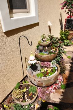 56 beautiful gnome garden and fairy garden design ideas 51 Mini Fairy Garden, Fairy Garden Houses, Gnome Garden, Garden Ideas Eyfs, Garden Projects, Backyard Projects, Fairy Village, Little Gardens, Miniature Fairy Gardens