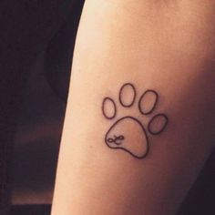 47 Tiny Paw Print Tattoos For Cat And Dog Lovers - tiny pawprint tattoo - Small Dog Tattoos, Tiny Tattoos For Girls, Tattoos For Women, Tattoos For Dog Lovers, 4 Tattoo, Tattoo Hals, Piercing Tattoo, Piercings, Trendy Tattoos
