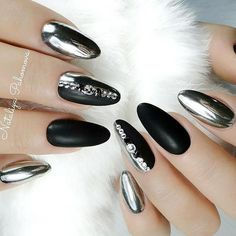 21 Hot Almond Shaped Nails Colors to Get You Inspired to Try ❤️ Gold and Silver Accents picture 2 ❤️ Do you have almond shaped nails? If not, you should try this nail shape right now. And then embellish it with one of these trendy colors https://naildesignsjournal.com/almond-shaped-nails-colors/ #nails #nailart #naildesign #almondnails
