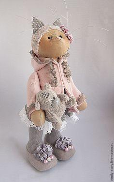 Купить Кошка Peggy - бледно-розовый, серый, кошка, Игрушка кошка, подарок, текстильная кошка
