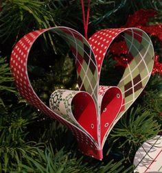 Paper stripe heart - christmas tree ornament // Szív alakú papír dísz csíkokból egyszerűen // Mindy - craft tutorial collection
