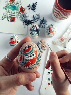 Ready for Easter yet? Illustrator Dinara Mirtalipova is! Find her gorgeous painted eggs on the blog today: http://www.artisticmoods.com/painted-easter-eggs-by-dinara-mirtalipova/