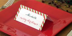 Printable Christmas place cards that you can personalize for each friend or member of your family. Step by step instructions are included.
