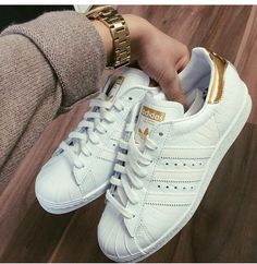 White superstar Adidas trainers