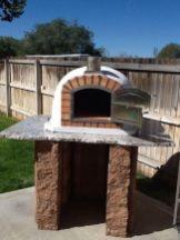 Brick Pizza Ovens Brick Oven Brick Oven Outdoor, Diy Outdoor Fireplace, Outdoor Stove, Brick Built Bbq, Brick Bbq, Masonry Bbq, Backyard Bbq Pit, Bbq Chimney, Stone Bbq