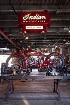 MONTGOMERY MOTORCYCLE CO