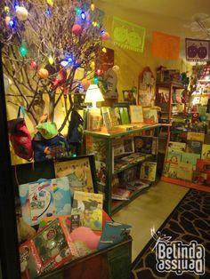 Divagando sobre libros: Una librería infantil Lee lefante !!