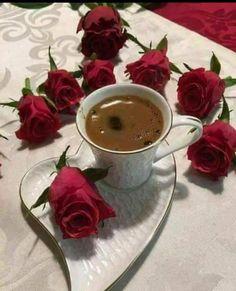 Good Morning, magic world! Coffee Gif, Coffee Latte Art, Coffee Love, Coffee Break, Coffee Drinks, Coffee Cups, Tea Cups, Pause Café, Chocolate Caliente