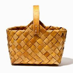 Bag made out of birch bark.  tantjohanna.se | personlig inredning, styling & livsstil | Sida 18