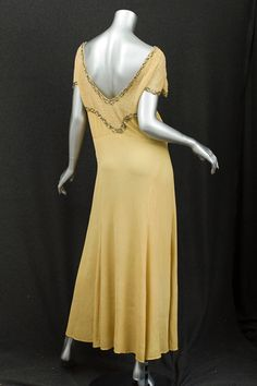 1930s Clothing at Vintage Textile: #7233 Beaded evening dress