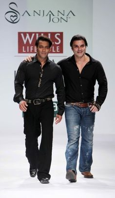 """Wills Lifestyle India Fashion Week SS Day 2 Khan brothers- Salman & Sohail grace the ramp for Sanjana Jon Wills Lifestyle, Lifestyle Clothing, India Fashion Week, Men's Fashion, Natural Fiber Clothing, Celebrity Siblings, Big Big, Salman Khan, Celebs"