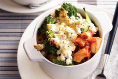 Pastaovenschoteltje met paprikasaus en broccoli - Recept - Allerhande