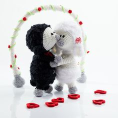 Amigurumi's in love (2014) Love 2014, Sheep, Crochet Hats, Pop, Dolls, Christmas Ornaments, Patterns, Holiday Decor, How To Make